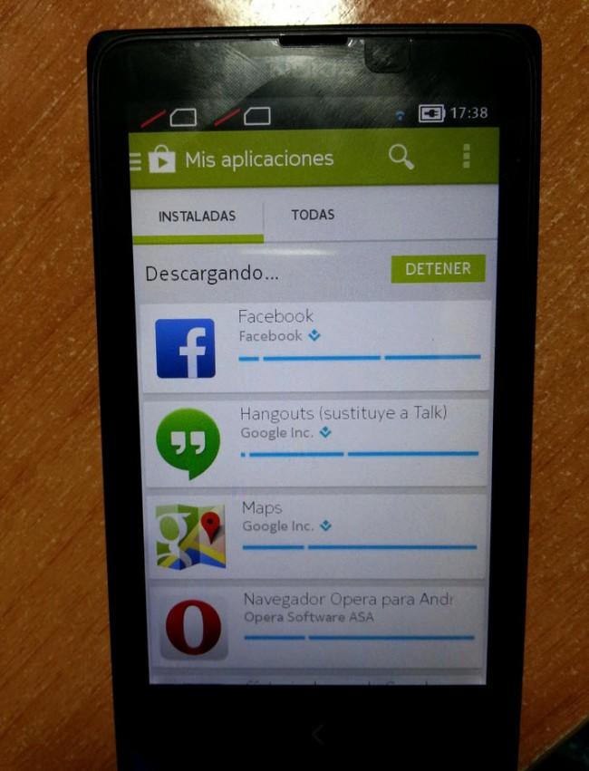 nokia x con Google Play Store instalado y funcionando